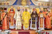 Митрополит Никодим та митрополит Симеон звершили богослужіння свята Воздвиження Хреста Господнього!