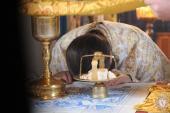 Чуднів. Митрополит Никодим очолив літургію у Свято-Різдво-Богородичному храмі та привітав настоятеля із Днем Ангела!